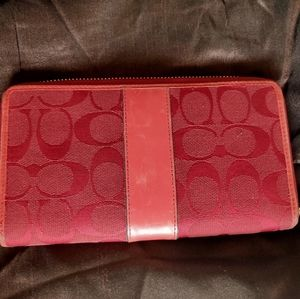 Wallet in red colour